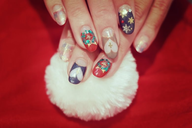 Christmas nail2